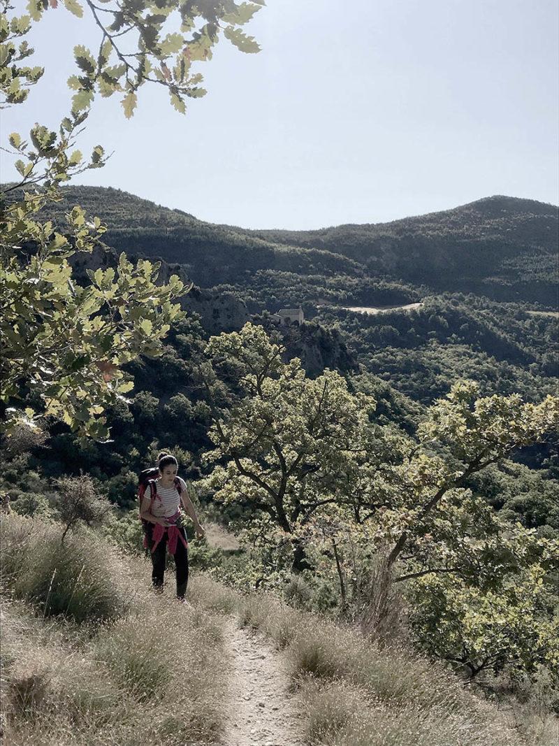 rando pleine nature en Drôme provençale lors séjour bien-être natureWacohe