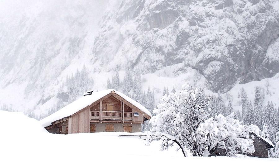 Cabane d'exception en montagne en haute-savoie pour le séjour retour aux sources par Wacohe